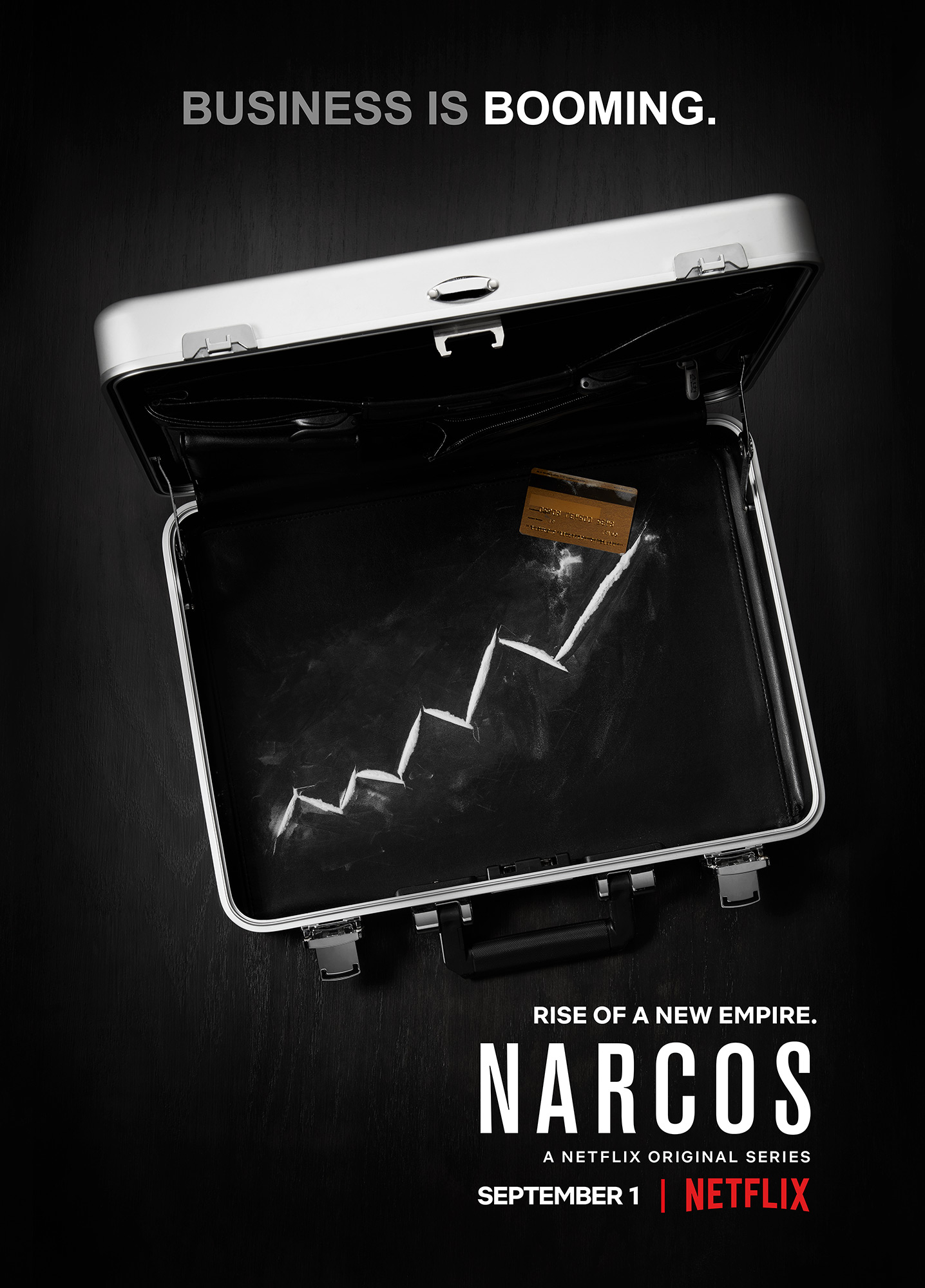 NarcosS3_SUITCASE_C